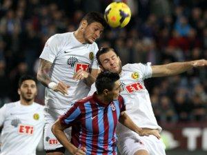 Es-Es'ten Trabzon'da flaş skor 4-1