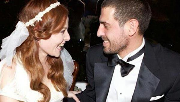 2015 yılının ilk düğünü Naz Elmas'tan