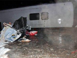 Sivas'ta yolcu otobüsü devrildi 51 kişi yaralandı