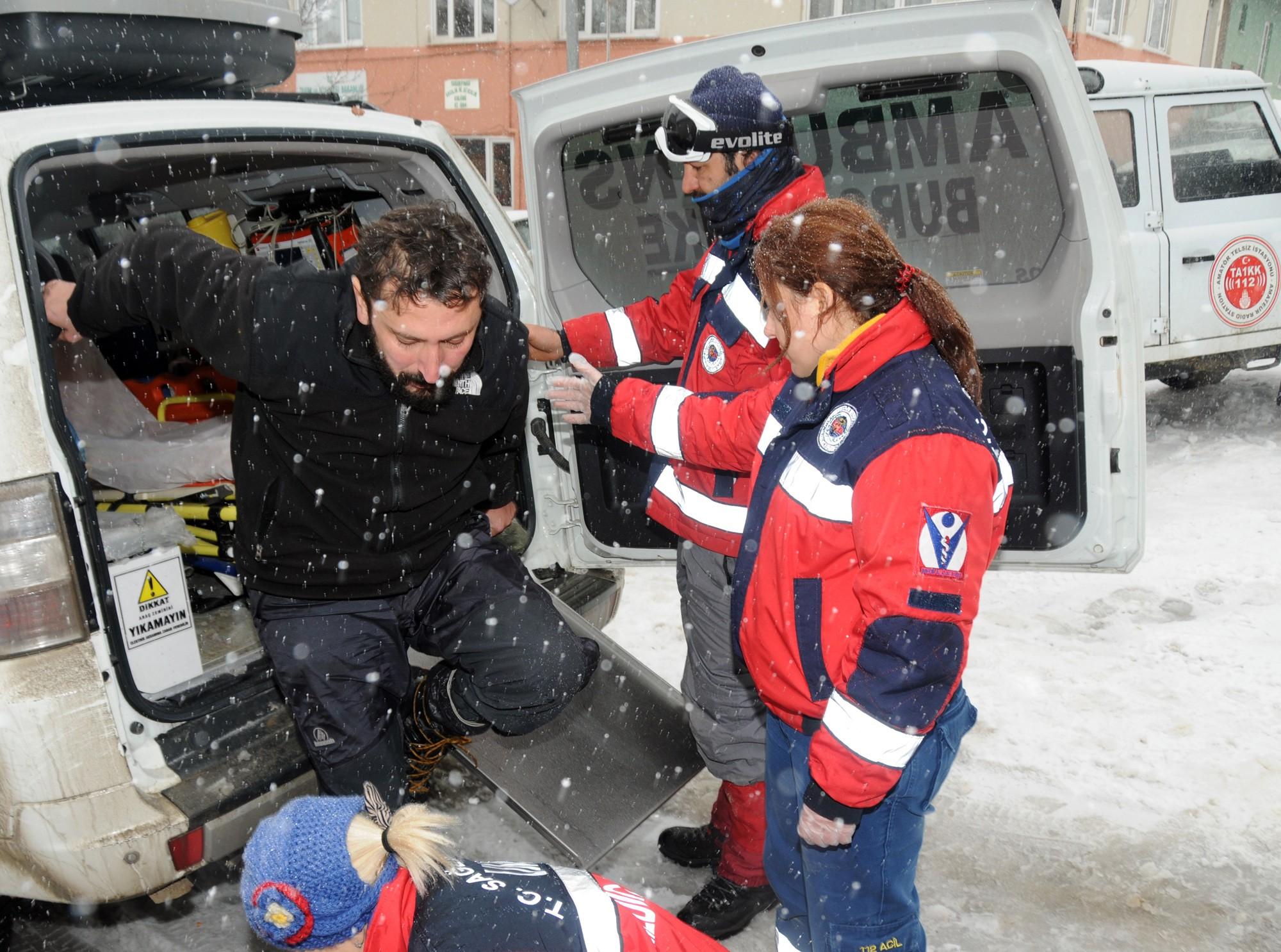 Uludağ'da kaybolan 4 dağcıya 10 saat akabinde ulaşıldı!