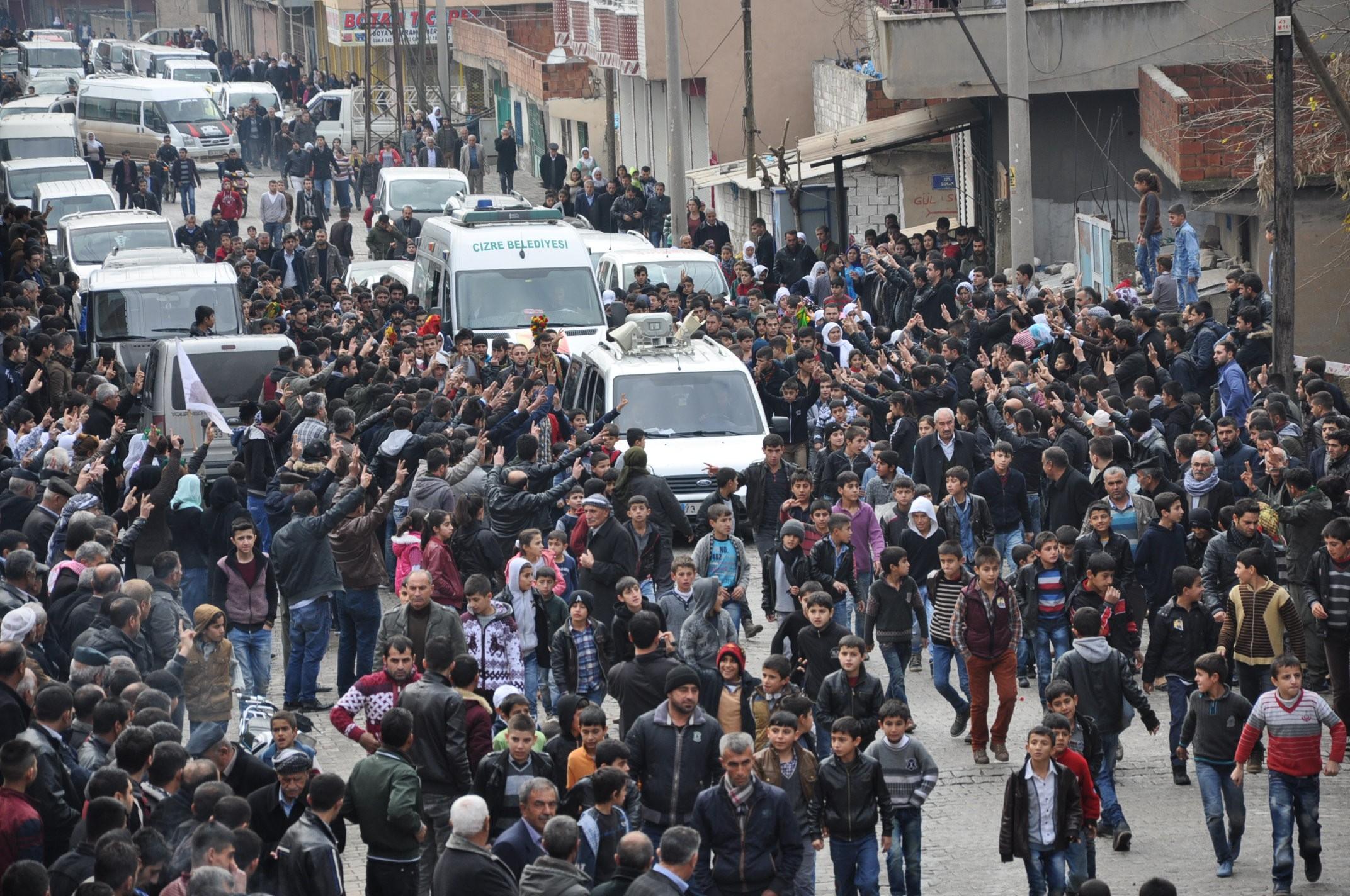 Cizre'de yaşanmış olan olaylarda ölü sayısı arttı ..yaralanan Zeki Alar ..