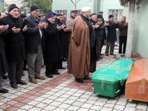 Ölüm bile Haydar Dede ve Münevver Nineyi Ayırmadı ..!!