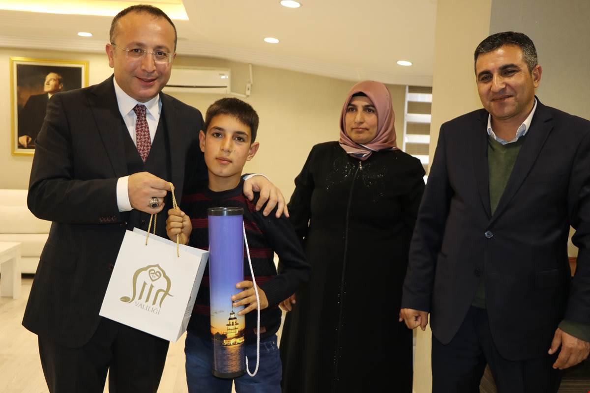 Vali Ali Fuat Atik, Şehit Ailesini Ağırladı