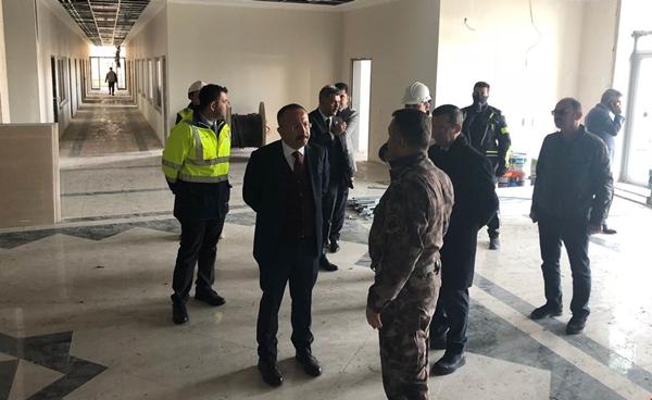 Vali Atik, İl Emniyet Müdürlüğü Hizmet Binası İnşaatını İnceledi