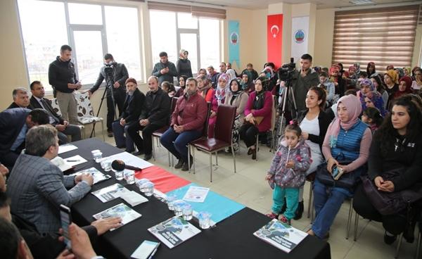 Başkan Vekili Tşakın Barış Mahallesi Sakinleriyle bir araya geldi