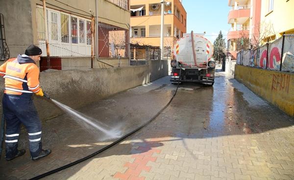 Siirt'te Temizlik Çalışmaları Sürüyor