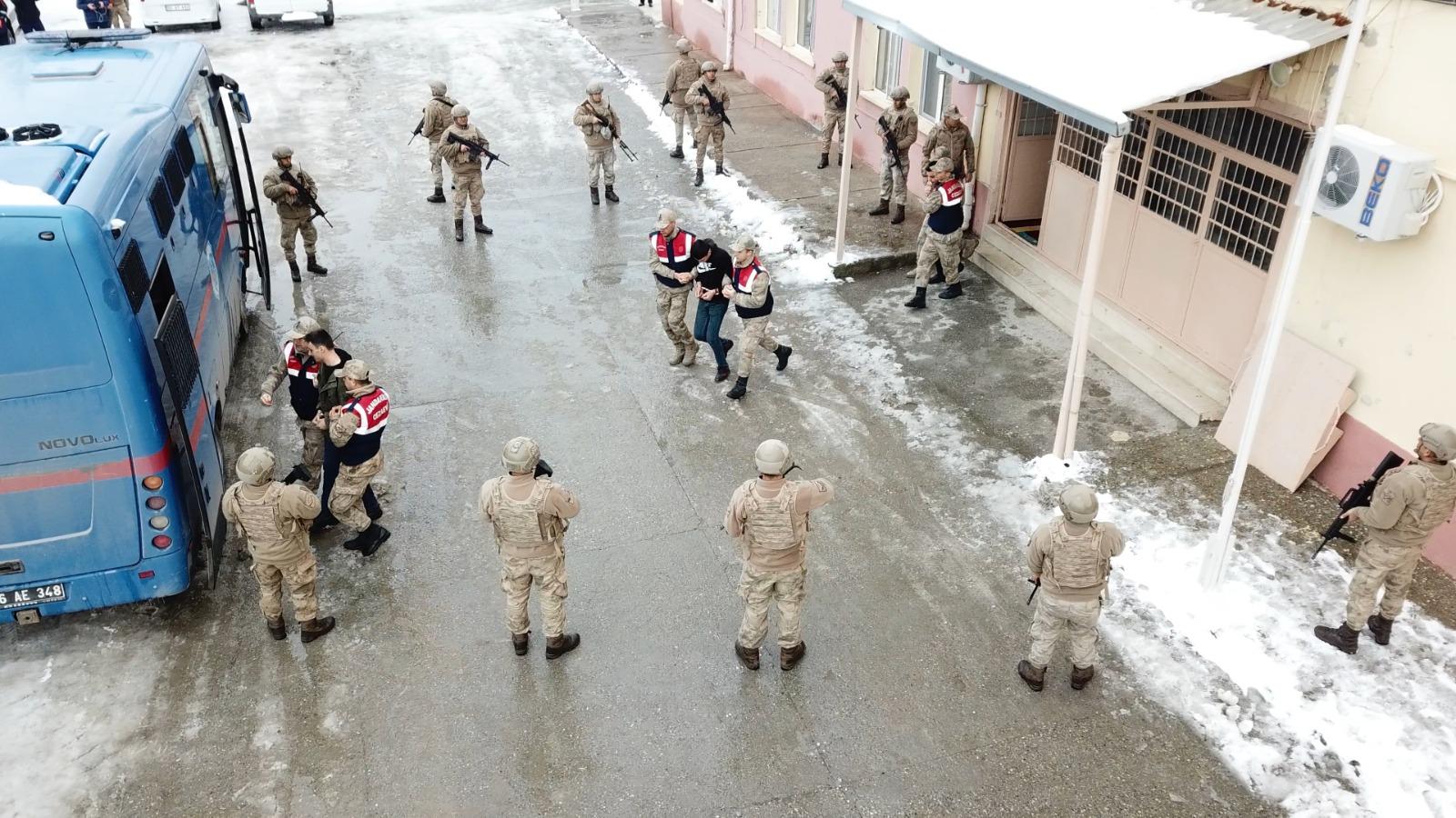 Siirt'te Jandarma'dan gerçeği aratmayan tatbikat