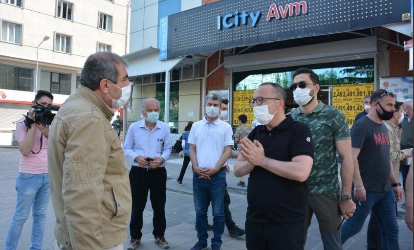 Vali Atik sokaklarda vatandaşı evde kalmaya davet etti