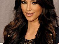 şok şok şok Kim Kardashian'ın koca kıçını seyrediyorsunuz...