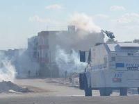 Nusaybin'de yol kapatan gruba müdahale