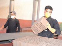 Siirt'te tuğla fabrikası gençlere ümit oldu
