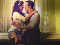 Özge Özpirinçi ile öpüşme sahneleri hoş bir anıydı!
