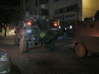 Emniyet Müdürlüğü'ne bombalı saldırı düzenlendi