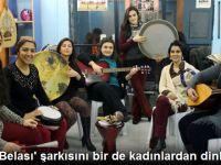 'Namus Belası' Şarkısını Bir de Kadınlardan Dinleyin