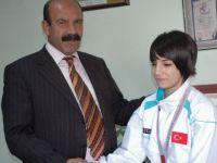 Siirtli Güreşçi Evin Demirhan Türkiye birincisi oldu