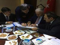 Siirt'in yol ağı iki bakanın katılımı ile masaya yatırıldı