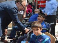 Siirt'te Bedensel Engelli, 30 Vatandaşa Tekerlekli Sandalye Dağıtıldı