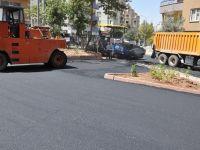 İhsan Tan Kavşağı'nda asfaltlama çalışması