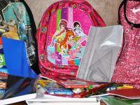 Siirt Belediyesi'nden Şırnaklı 450 öğrenciye kırtasiye yardımı