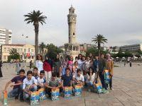 Siirt'li Başarılı Öğrenciler, Karne Sevinçlerini İzmir'da Yaşadı