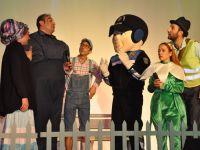 Çocuklar, Siirt Belediyesinin Tiyatro Gösterisinde Buluştu