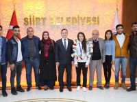Dünya Şampiyonu Güreşçimiz Demirhan Siirt Belediyesine Ziyaret