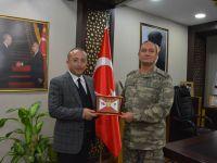 2. Ordu Komutanı Korgeneral İsmail Metin Temel, Vali Atik'i Ziyaret Etti