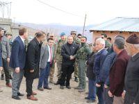 Vali Atik, Köy Ziyaretlerinde Vatandaşlarla Biraraya Geldi