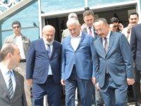 Başbakan'dan Siirt Valiliği'ne ziyaret