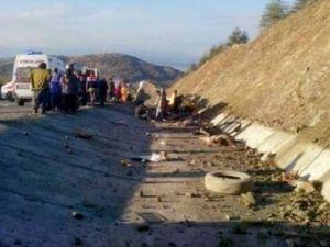 Isparta'da Feci Kaza:15 Ölü,30 Yaralı