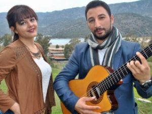 Genç Kız Türkiye'nin Yerli Shakira'sı Olmaya Aday