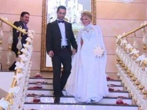 Ünlü Sanatçı Doğuş Düğünü  Bakü'de Yaptı