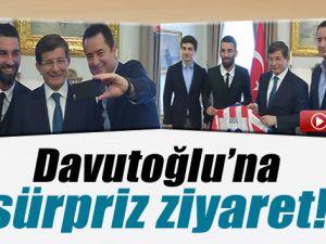 Arda Turan ve Acun Ilıcalı'dan Başbakan Davutoğlu'na Ziyaret