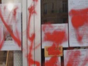 Paris'te Anadolu Kültür Merkezine Çirkin Saldırı